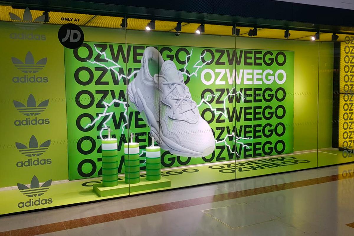 Adidas Ozweego merryhill window