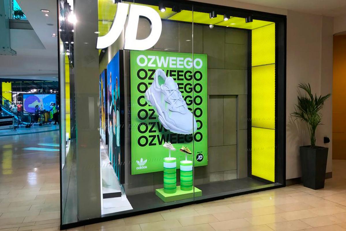 Adidas Ozweego aleicester window